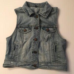 American Eagle Women's Distressed Denim Jean Vest
